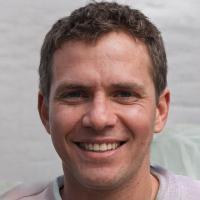Kilyan den Hogedt editor-in-chief